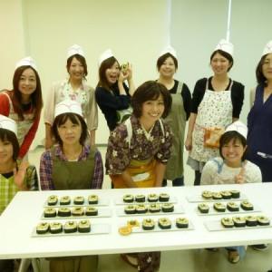 【転勤族イベント報告】TKT48チーム群馬・飾り巻寿司(ぐんまちゃん巻)教室